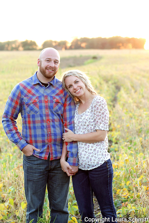 Erin + Drew :: Des Moines, iowa Engagement Photography
