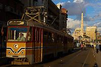 Egypte, la côte méditerranéenne, Alexandrie, le tramway. // Egypt, Alexandria, the tramway.