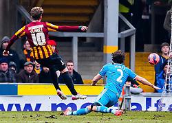 Bradford City's Billy Clarke fires a shot towards goal    - Photo mandatory by-line: Matt McNulty/JMP - Mobile: 07966 386802 - 15/02/2015 - SPORT - Football - Bradford - Valley Parade - Bradford City v Sunderland - FA Cup - Fifth Round