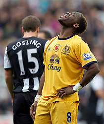 05.11.2011, St. James' Park, Newcastle Upon Tyne, ENG, Premier League, Newcastle United vs FC Everton, im Bild Everton's Louis Saha looks dejected // during the premier league match between Newcastle United vs FC Everton at St. James' Park, Newcastle Upon Tyne, EnG on 05/11/2011. EXPA Pictures © 2011, PhotoCredit: EXPA/ Propaganda Photo/ Vegard Grott +++++ ATTENTION - OUT OF ENGLAND/GBR+++++