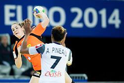 17-12-2014 CRO: EHF EK Nederland - Frankrijk, Zagreb<br /> Allison Pineu #7 of France and Jessy Kramer of the Netherlands during handball match between Netherlands and France at 11th EHF European Women's Handball Championship Hungary-Croatia 2014<br /> <br /> *** USE NETHERLANDS ONLY ***