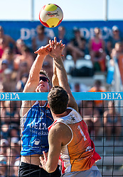 25-08-2019 NED: DELA NK Beach Volleyball, Scheveningen<br /> Last day NK Beachvolleyball / Dirk Boehlé #1, Christiaan Varenhorst #2