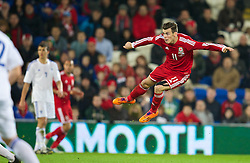 16.11.2013, Cardiff City Stadium, Cardiff, WAL, Fussball Testspiel, Wales vs Finnland, im Bild Wales' Gareth Bale, action against Finland // during the international friendly match between Wales and Finland at the Cardiff City Stadium in Cardiff, Great Britain on 2013/11/17. EXPA Pictures © 2013, PhotoCredit: EXPA/ Propagandaphoto/ David Rawcliffe<br /> <br /> *****ATTENTION - OUT of ENG, GBR*****