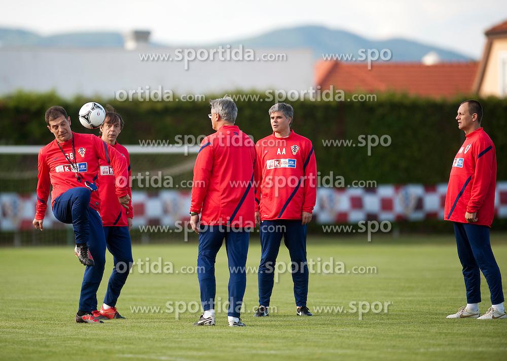 18.05.2012, Brezice, SLO, UEFA EURO 2012, Trainingscamp, Kroatien, 2. Trainingstag, im Bild Slaven Bilic, Nikola Jurcevic, Aljosa Asanovic, Marijan Mrmic // during 2nd practice day of Croatian National Footballteam for preparation UEFA EURO 2012 at Brezice, Slovenia on 2012/05/18. EXPA Pictures © 2012, PhotoCredit: EXPA/ Pixsell/ Daniel Kasap....***** ATTENTION - OUT OF CRO, SRB, MAZ, BIH and POL *****