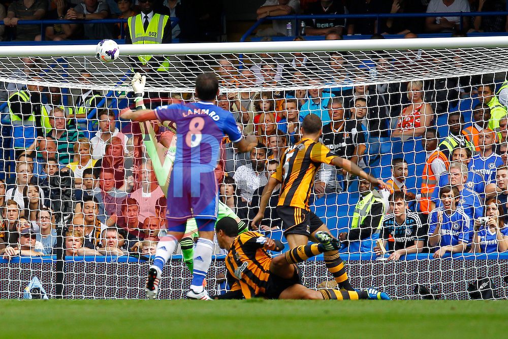 Hull City's Allan McGregor makes a save from Chelsea's Frank Lampard  - Photo mandatory by-line: Mitchell Gunn/JMP - Tel: Mobile: 07966 386802 18/08/2013 - SPORT - FOOTBALL - Stamford Bridge - London -  Chelsea v Hull City - Barclays Premier League
