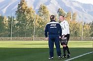 MARBELLA, Costa del Sol, Spanje, voetbal, seizoen 2013-2014, 7-1-2014, winterstop, training Feyenoord, Marbella Futbol Centre, Feyenoord coach Ronald Koeman (R) en AZ trainer Dick Advocaat (L) ontmoeten elkaar.