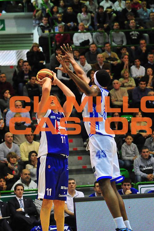 DESCRIZIONE : SASSARI LEGA A 2011-12 DINAMO SASSARI - BENNET CANTU'<br /> GIOCATORE : DENIS MARCONATO<br /> SQUADRA : DINAMO SASSARI - BENNET CANTU'<br /> EVENTO : CAMPIONATO LEGA A 2011-2012 <br /> GARA :  DINAMO SASSARI - BENNET CANTU'<br /> DATA : 28/01/2012<br /> CATEGORIA : TIRO<br /> SPORT : Pallacanestro <br /> AUTORE : Agenzia Ciamillo-Castoria/M.Turrini<br /> Galleria : Lega Basket A 2011-2012  <br /> Fotonotizia : SASSARI LEGA A 2011-12  DINAMO SASSARI - BENNET CANTU'<br /> Predefinita :