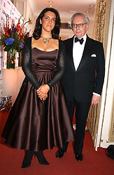 DAVID STARKEY and BETTANY HUGHES at the 2005 British Book Awards held at The Grosvenor House Hotel, Park lane, London on 20th April 2005.<br /><br />NON EXCLUSIVE - WORLD RIGHTS