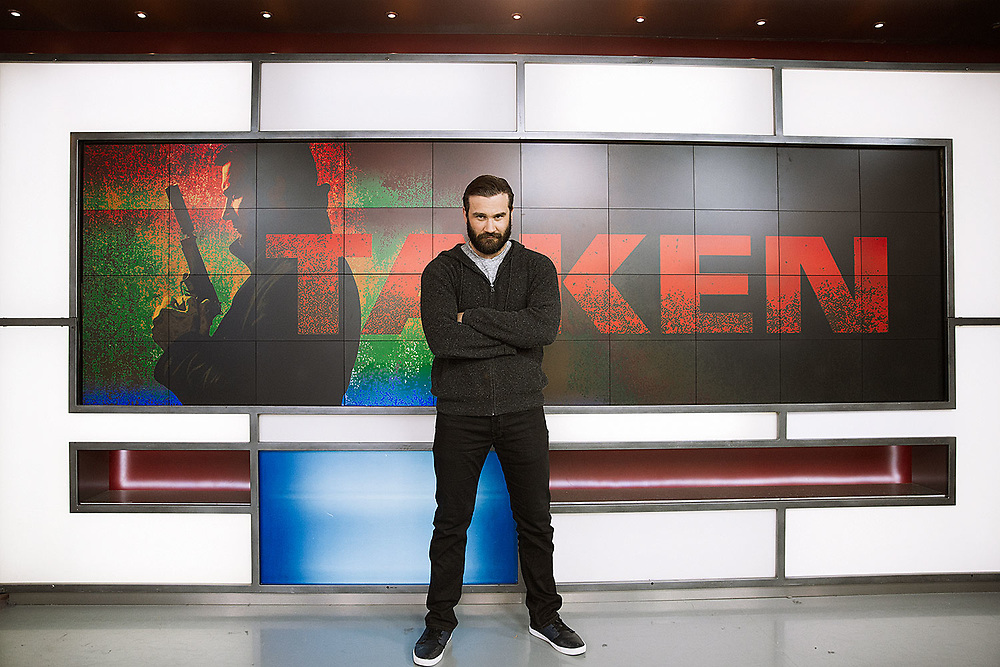Clive Standen co-hosts The Morning Show