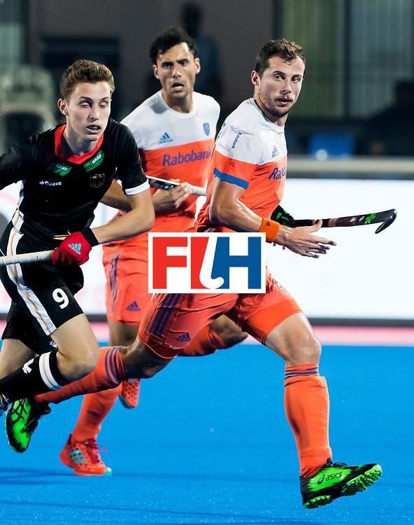BHUBANESWAR - Sander Baart (Ned)  tijdens de Hockey World League Finals , de kwartfinale wedstrijd Duitsland-Nederland (3-3).Duitsland wint na shoot-outs.    COPYRIGHT KOEN SUYK