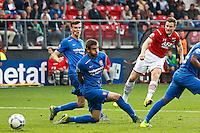 ALKMAAR - 04-10-2015, AZ - FC Twente, AFAS Stadion, AZ speler Mattias Johansson (r), FC Twente speler Bruno Uvini.