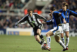 LAURENT ROBERT,ZANETTI,ALMEYDA.NEWCASTLE UTD V INTER MILAN.ST JAMES PARK, NEWCASTLE.NEWCASTLE UTD V INTER MILAN.27/11/2002.DIC9765