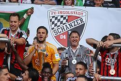 17.05.2015, Audi Sportpark, Ingolstadt, GER, 2. FBL, FC Ingolstadt 04 vs RB Leipzig, 33. Runde, im Bild Ralph Hasenhuettl(Trainer FC Ingolstadt) bei der Siegerehrung, // during the 2nd German Bundesliga 33th round match between FC Ingolstadt 04 and RB Leipzig at the Audi Sportpark in Ingolstadt, Germany on 2015/05/17. EXPA Pictures &copy; 2015, PhotoCredit: EXPA/ Eibner-Pressefoto/ Krieger<br /> <br /> *****ATTENTION - OUT of GER*****