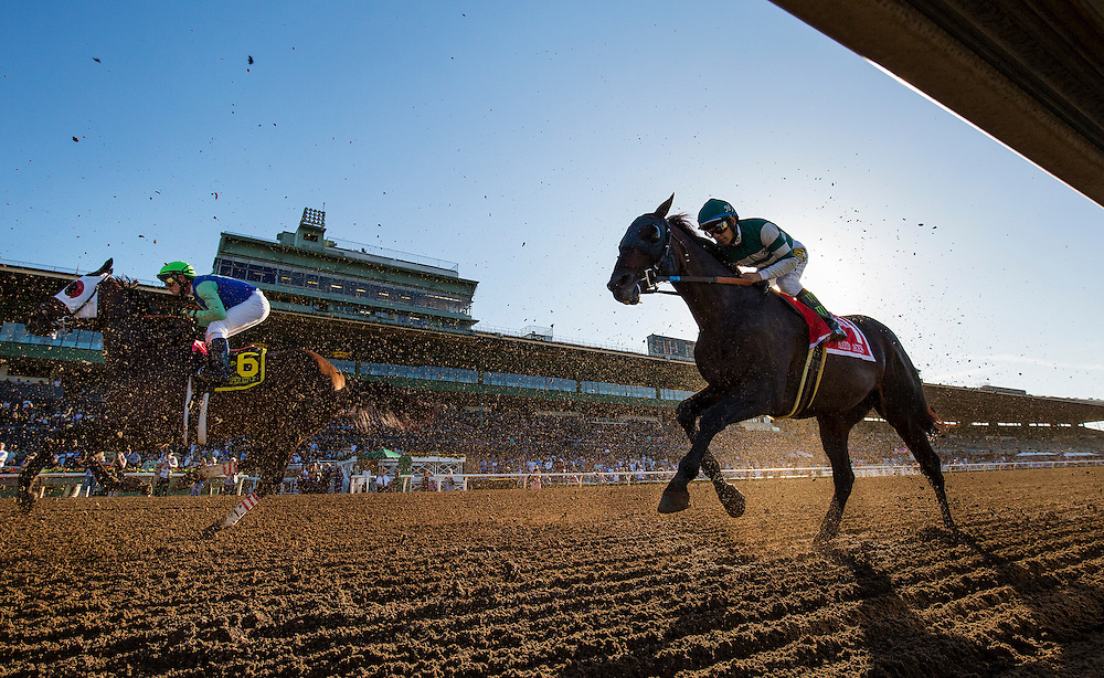 September 26 2015: Hard Aces with Victor Espinoza up races in the Awesome Again Stakes at Santa Anita Park, Arcadia CA. Alex Evers/ESW/CSM