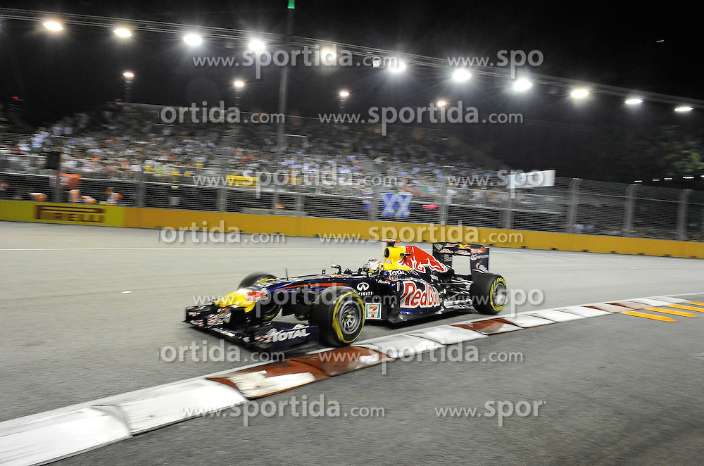 25.09.2011, Marina-Bay-Street-Circuit, Singapur, SIN, F1, Grosser Preis von Singapur, Singapur, im Bild Sebastian Vettel (GER), Red Bull Racing // during the Formula One Championships 2011 Large price of Singapore held at the Marina-Bay-Street-Circuit Singapur, 2011-09-24  EXPA Pictures © 2011, PhotoCredit: EXPA/ nph/  Dieter Mathis       ****** out of GER / CRO  / BEL ******