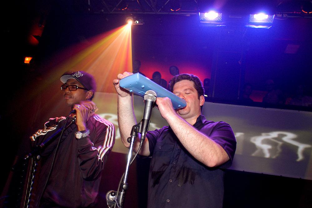 POLE/FAT JON/MUTEK 2003/CAROLINE HAYEUR