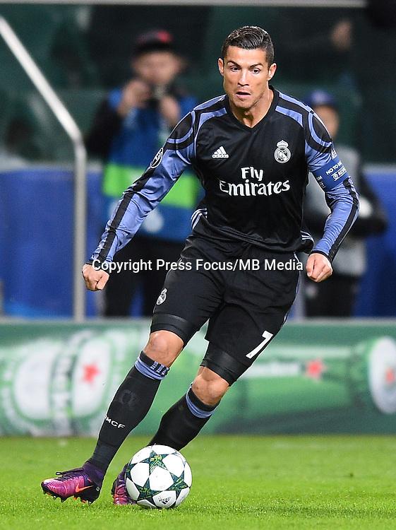 2016.11.02 Warszawa<br /> Pilka nozna Liga Mistrzow sezon 2016/2017<br /> Legia Warszawa - Real Madryt<br /> N/z Cristiano Ronaldo<br /> Foto Lukasz Laskowski / PressFocus<br /> <br /> 2016.11.02 Warsaw<br /> Football Champions League season 2016/2017<br /> Legia Warsaw - Real Madrid<br /> Cristiano Ronaldo<br /> Credit: Lukasz Laskowski / PressFocus