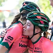 29-06-2019: Wielrennen: NK weg vrouwen: Ede   felicitaties   Demi Vollering, NIna Buijsman, Parkhotel Valkenburg team