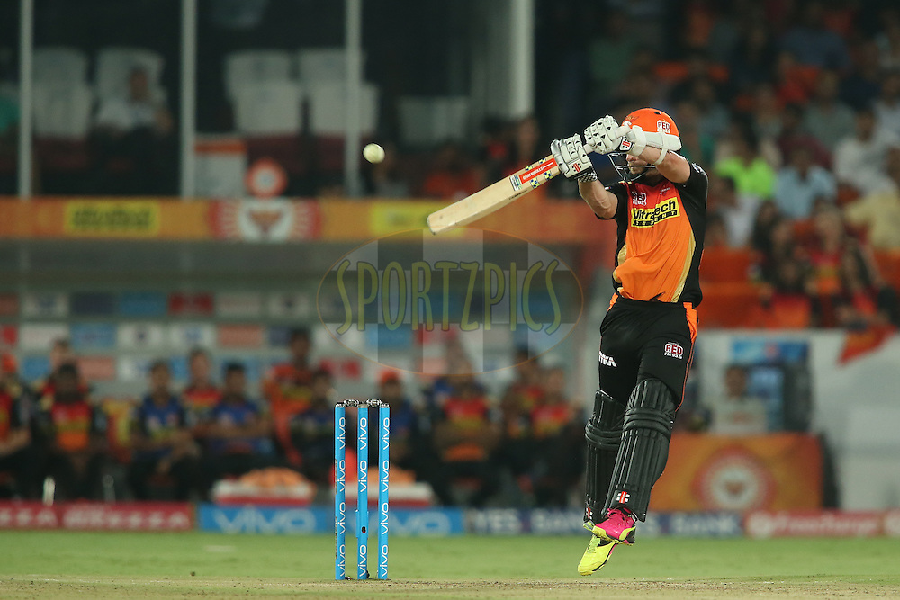 Kane Williamson of Sunrisers Hyderabad upper cuts a delivery over the top during match 42 of the Vivo IPL 2016 (Indian Premier League) between the Sunrisers Hyderabad and the Delhi Daredevils held at the Rajiv Gandhi Intl. Cricket Stadium, Hyderabad on the 12th May 2016<br /> <br /> Photo by Shaun Roy / IPL/ SPORTZPICS