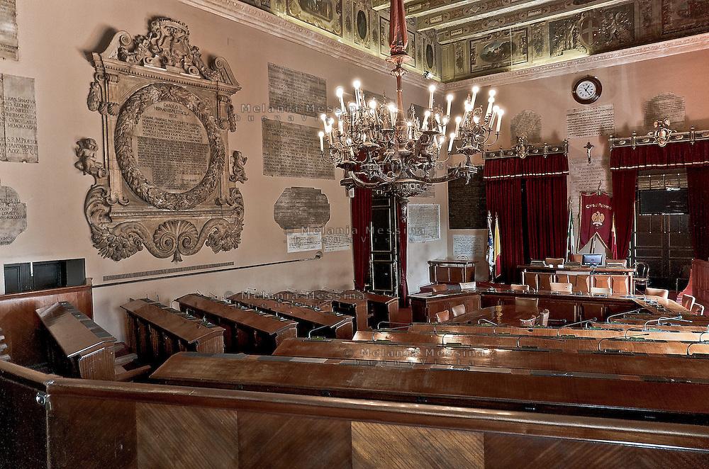 Palermo, Palazzo delle Aquile: sala delle lapidi.<br /> Palermo:town hall assembly room