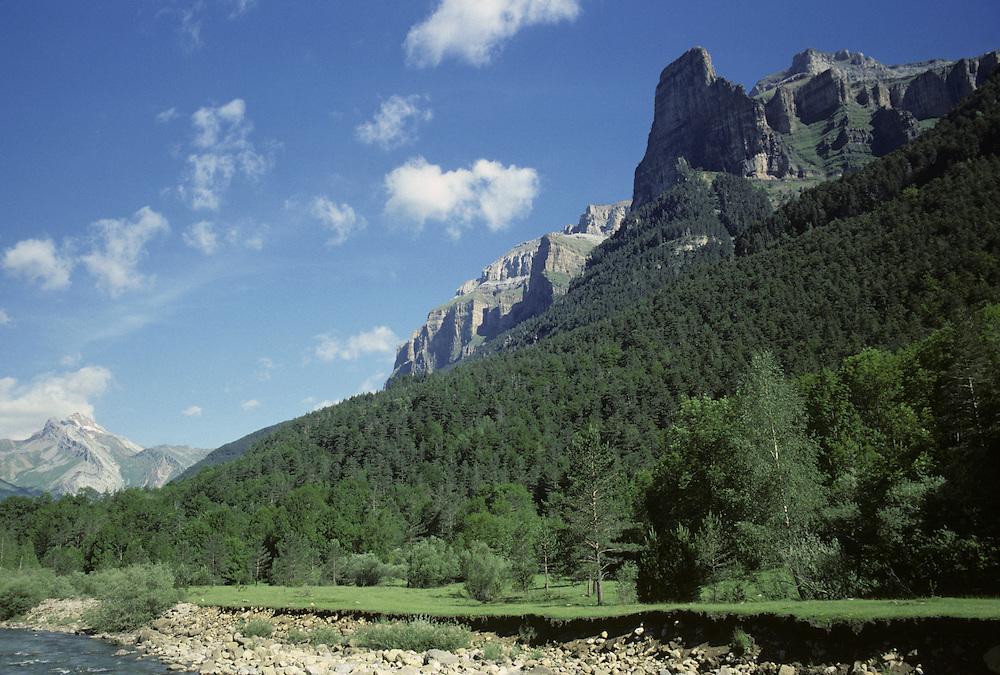 Ordes y Monte Perdido National Park, Spanish Pyranees