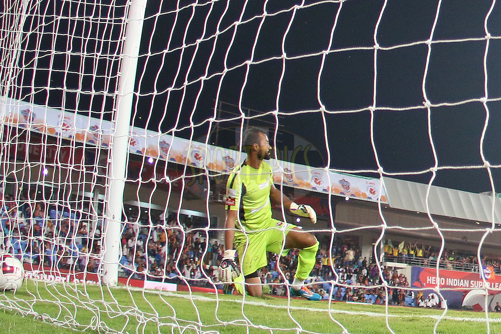 Andrew Barisic of Kerala Blasters FC reacts after letting in a goal during match 17 of the Hero Indian Super League between FC Pune City<br /> and Kerala Blasters FC held at the Shree Shiv Chhatrapati Sports Complex Stadium, Pune, India on the 30th October 2014.<br /> <br /> Photo by:  Ron Gaunt/ ISL/ SPORTZPICS