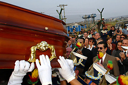 Chegada e cortejo fúnebre do corpo do ex-governador e presidente nacional do PDT, Leonel Brizola, em Porto Alegre, que será velado no Palácio Piratini, sede do governo gaúcho. FOTO: Jefferson Bernardes/Preview.com