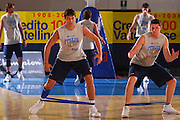 DESCRIZIONE : Bormio Raduno Collegiale Nazionale Maschile Preparazione Fisica <br /> GIOCATORE : Andrea Michelori Valerio Amoroso <br /> SQUADRA : Nazionale Italia Uomini <br /> EVENTO : Raduno Collegiale Nazionale Maschile <br /> GARA : <br /> DATA : 24/07/2008 <br /> CATEGORIA : Allenamento <br /> SPORT : Pallacanestro <br /> AUTORE : Agenzia Ciamillo-Castoria/S.Silvestri <br /> Galleria : Fip Nazionali 2008 <br /> Fotonotizia : Bormio Raduno Collegiale Nazionale Maschile Preparazione Fisica <br /> Predefinita :