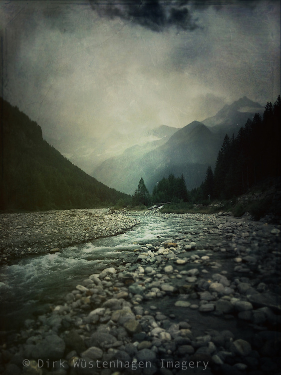 Mountain river M&agrave;llero in Chiareggio, Valmalenco, Lombardia, Italy just before the rain began.<br />