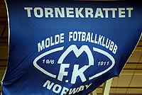 Fotball, 13. april 2002. Seriestart Tippeligaen. Molde v Brann 2-0, Molde Stadion.  Flagg, seil, Tornekrattet. Molde supporter, supportere.