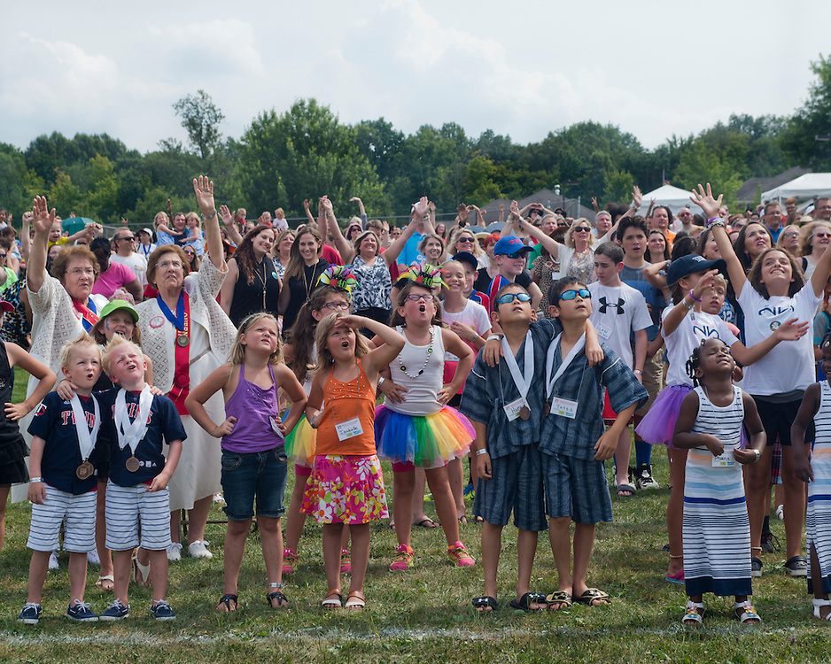 August 8, 2015 - During the group photo-op at the 40th annual Twinsburg Festival in Twinsburg, Ohio.