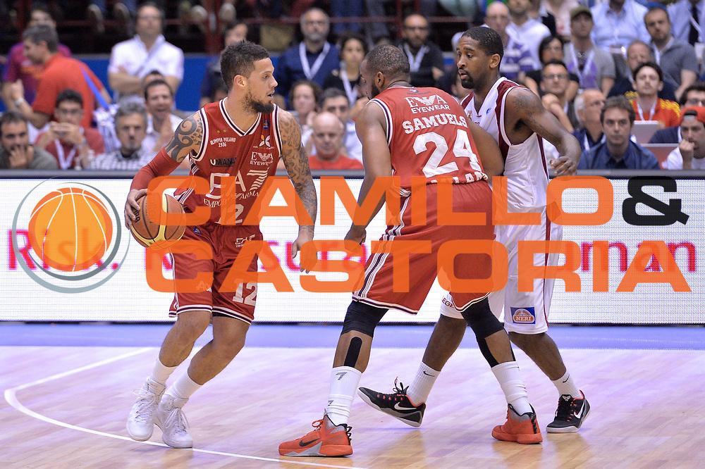 DESCRIZIONE : Campionato 2013/14 Quarti di Finale GARA 5 Olimpia EA7 Emporio Armani Milano - Giorgio Tesi Group Pistoia <br /> GIOCATORE : Daniel Hackett<br /> CATEGORIA : Palleggio controcampo<br /> SQUADRA : EA7 Emporio Armani Milano<br /> EVENTO : LegaBasket Serie A Beko Playoff 2013/2014 <br /> GARA : Olimpia EA7 Emporio Armani Milano - Giorgio Tesi Group Pistoia <br /> DATA : 27/05/2014 <br /> SPORT : Pallacanestro <br /> AUTORE : Agenzia Ciamillo-Castoria / I.Mancini <br /> Galleria : LegaBasket Serie A Beko Playoff 2013/2014 <br /> Fotonotizia : Campionato 2013/14 Quarti di Finale GARA 5 Olimpia EA7 Emporio Armani Milano - Giorgio Tesi Group Pistoia Predefinita :