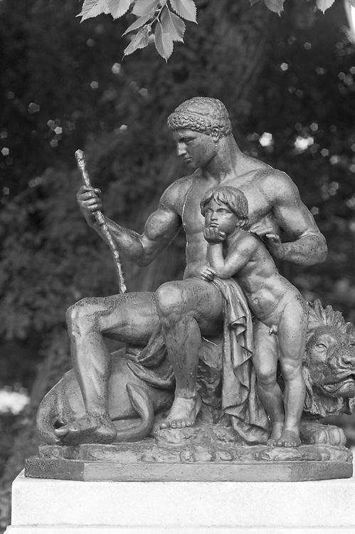 Sculpture in Baltimore<br /> Mount Vernon