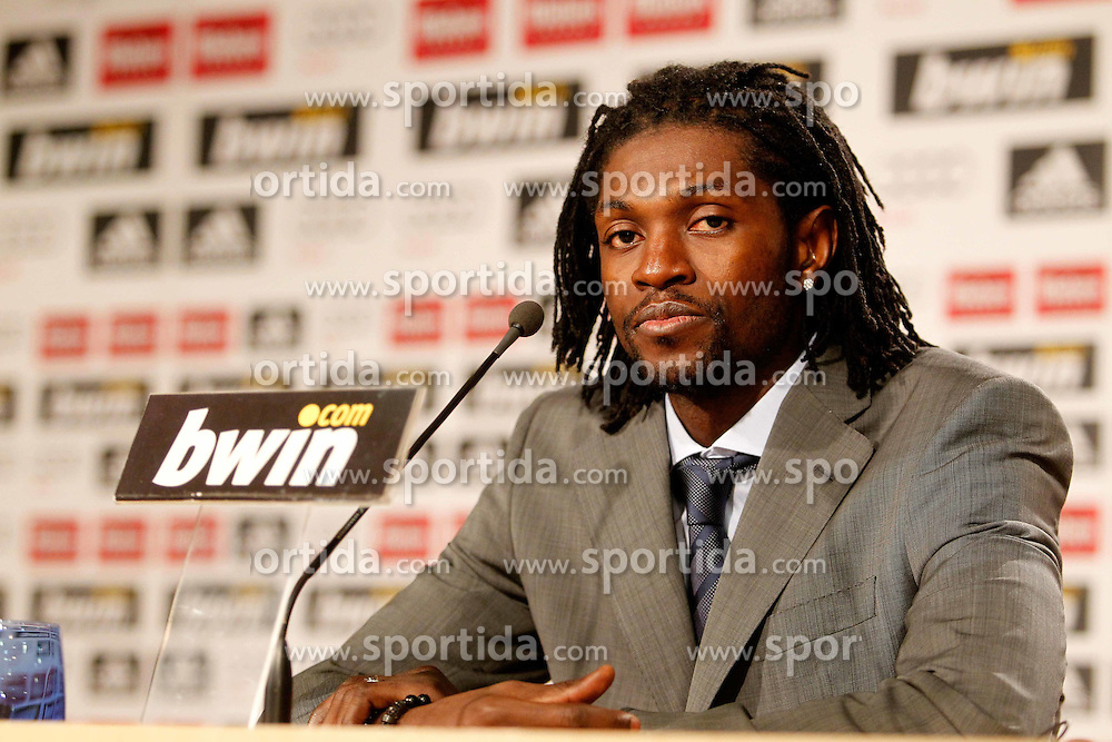 27.01.2011, Santiago Bernabeu Stadium, ESP, Real Madrid, Emmanuel Adebayor Vorstellung, im Bild Emmanuel Adebayor // presentation as new Real Madrid player at Santiago Bernabeu Stadium, EXPA Pictures © 2011, PhotoCredit: EXPA/ Alterphotos/ ALFAQUI/ Alex Cid-Fuentes