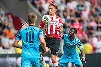 EINDHOVEN - 14-08-2016, PSV - AZ, Philips Stadion, AZ speler Markus Henriksen, PSV speler Luuk de Jong, AZ speler Derrick Luckassen