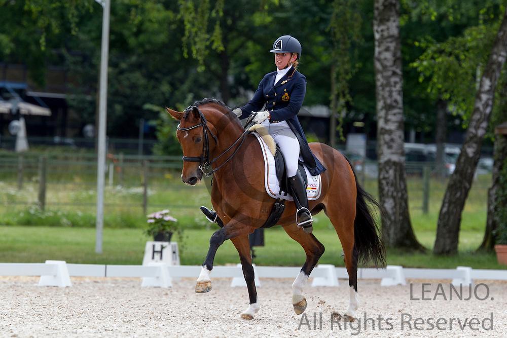 Carole Schepens - Velvet Dream<br /> FEI European Championships Dressage Juniors and Young Riders 2012<br /> © DigiShots