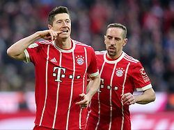 31.03.2018, Allianz Arena, Muenchen, GER, 1. FBL, FC Bayern Muenchen vs Borussia Dortmund, 28. Runde, im Bild Robert Lewandowski (FC Bayern Muenchen #9) Jubel nach dem 1:0 Franck Ribery (FC Bayern Muenchen #7) // during the German Bundesliga 28th round match between FC Bayern Munich and Borussia Dortmund at the Allianz Arena in Muenchen, Germany on 2018/03/31. EXPA Pictures © 2018, PhotoCredit: EXPA/ Eibner-Pressefoto/ Harry Langer<br /> <br /> *****ATTENTION - OUT of GER*****