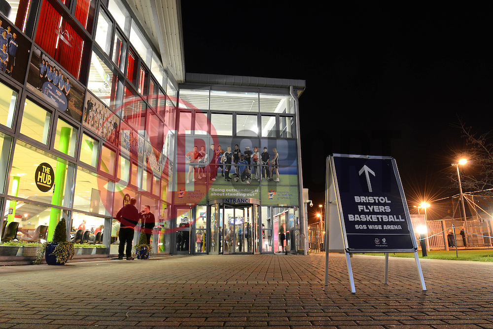 Fans arrive at the SGS Wise Campus - Photo mandatory by-line: Dougie Allward/JMP - Mobile: 07966 386802 - 27/02/2015 - SPORT - basketball - Bristol - SGS Wise Campus - Bristol Flyers v Leeds Force - British Basketball League