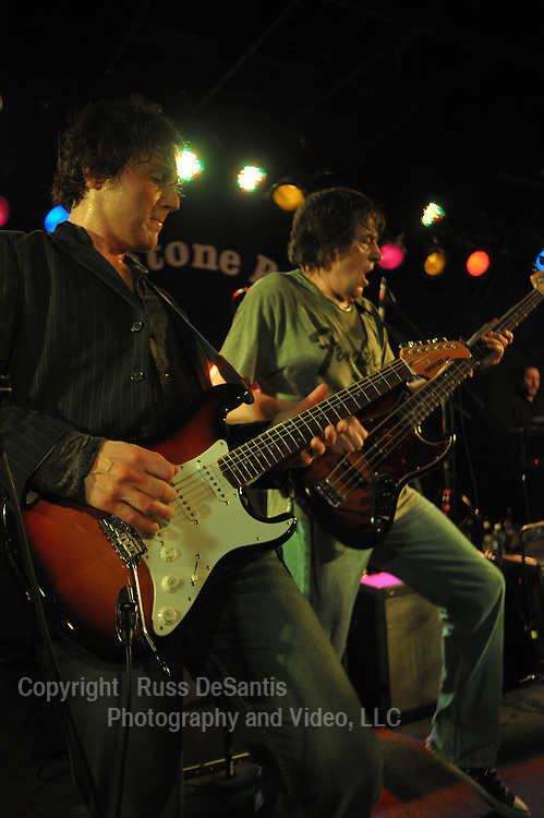 Marc Ribler, (left) and Kip Connor performing at the Stone Pony in Asbury Park. / Photo by Russ DeSantis
