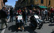 Pif e Lorefice in marcia con i disabili a Palermo