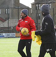Dundee manager Paul Hartley - Dundee FC training ahead of the visit to Motherwell at GA Arena, Dundee.Photo: David Young<br /> <br />  - &copy; David Young - www.davidyoungphoto.co.uk - email: davidyoungphoto@gmail.com
