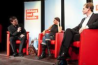 """13 JUL 2009, BERLIN/GERMANY:<br /> Kajo Wasserhoevel (L), SPD Bundesgeschaeftsfuehrer, Katia Saalfrank (M), Diplom-Pädagogin aus der RTL Doku-Serie """"Supernanny"""" und Michael Mueller (R), Landes- und Fraktionsvorsitzender SPD Berlin, Diskussionsveranstaltung zum Thema """"Bildung und Familie"""", Buergerhaus Altglienicke<br /> IMAGE: 20090713-02-173<br /> KEYWORDS: Kajo Wasserhövel, Super Nanny, Michael Müller"""