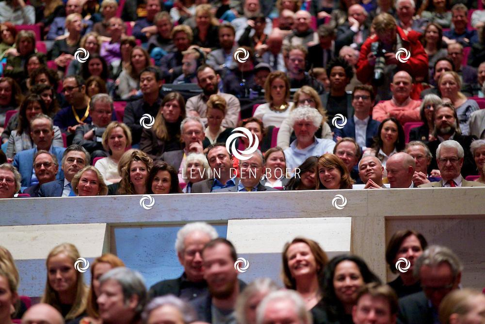 ROTTERDAM - In Theater De Goede Doelen is de 44ste International Film Festival Rotterdam geopend. Diversen genodigden en internationale sterren waren hierbij aanwezig. Met hier op de foto Ahmed Aboutaleb (Burgemeester Rotterdam). FOTO LEVIN DEN BOER - PERSFOTO.NU