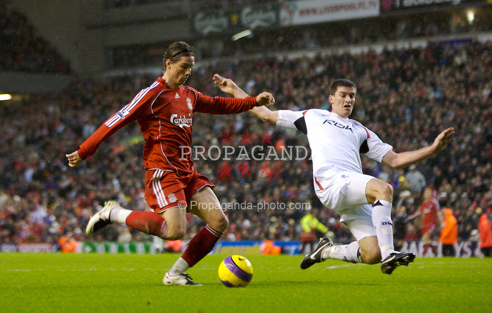 LIVERPOOL, ENGLAND - Sunday, December 2, 2007: Liverpool's Fernando Torres scores the second goal against Bolton Wanderers during the Premiership match at Anfield. (Photo by David Rawcliffe/Propaganda)