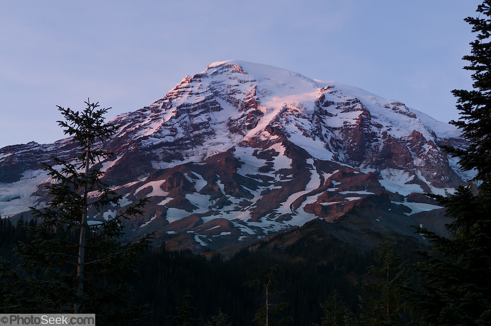 Sunset on Mount Rainier, seen from Ricksecker Point, near Paradise, Mount Rainier National Park, Washington, USA.