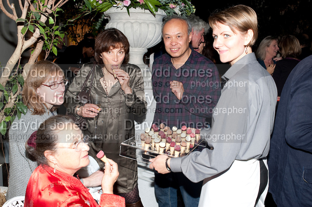 Party for Perfect Lives by Polly Sampson. The 20th Century Theatre. Westbourne Gro. London W11. 2 November 2010. -DO NOT ARCHIVE-© Copyright Photograph by Dafydd Jones. 248 Clapham Rd. London SW9 0PZ. Tel 0207 820 0771. www.dafjones.com.