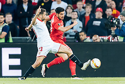 18.05.2016, St. Jakob Park, Basel, SUI, UEFA EL, FC Liverpool vs Sevilla FC, Finale, im Bild Coke (FC Sevilla), Emre Can (FC Liverpool) // Coke (FC Sevilla) Emre Can (FC Liverpool) during the Final Match of the UEFA Europaleague between FC Liverpool and Sevilla FC at the St. Jakob Park in Basel, Switzerland on 2016/05/18. EXPA Pictures © 2016, PhotoCredit: EXPA/ JFK