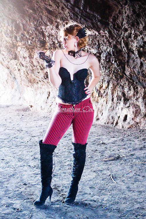 Models: Jessie James Hollywood & Deri Candice Lasher