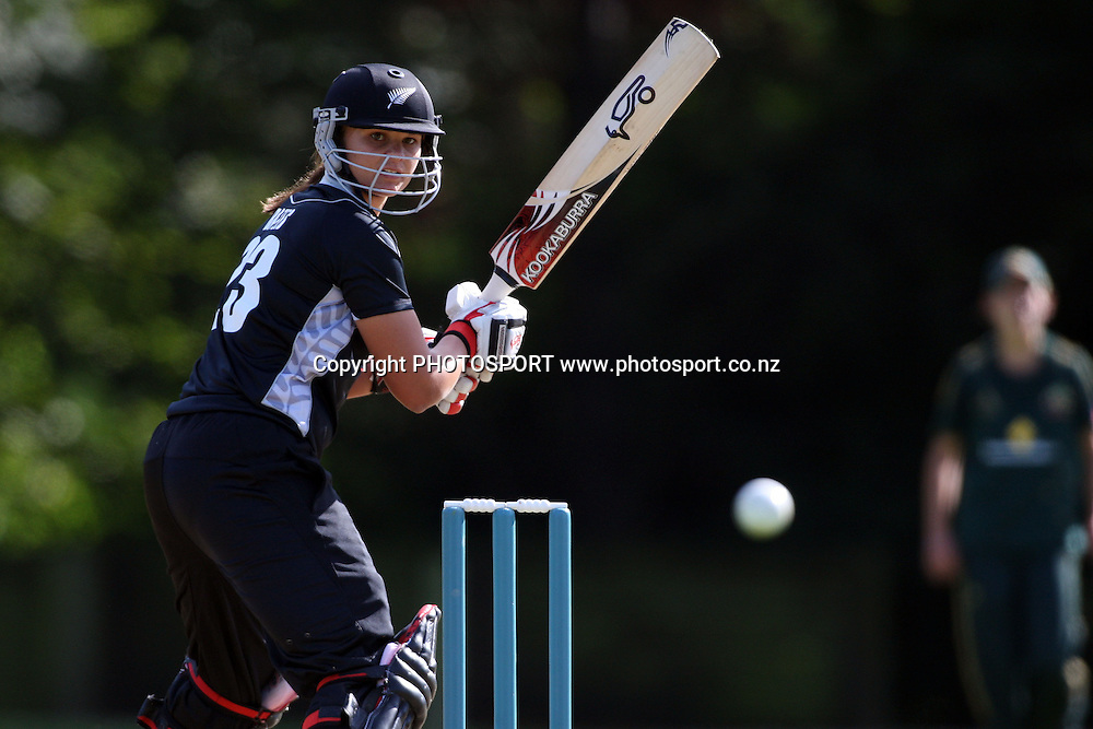 Suzie Bates batting, New Zealand White Ferns v Australia, Rosebowl cricket series, One day international, Queens Park, Invercargill. 6 March 2010. Photo: William Booth/PHOTOSPORT