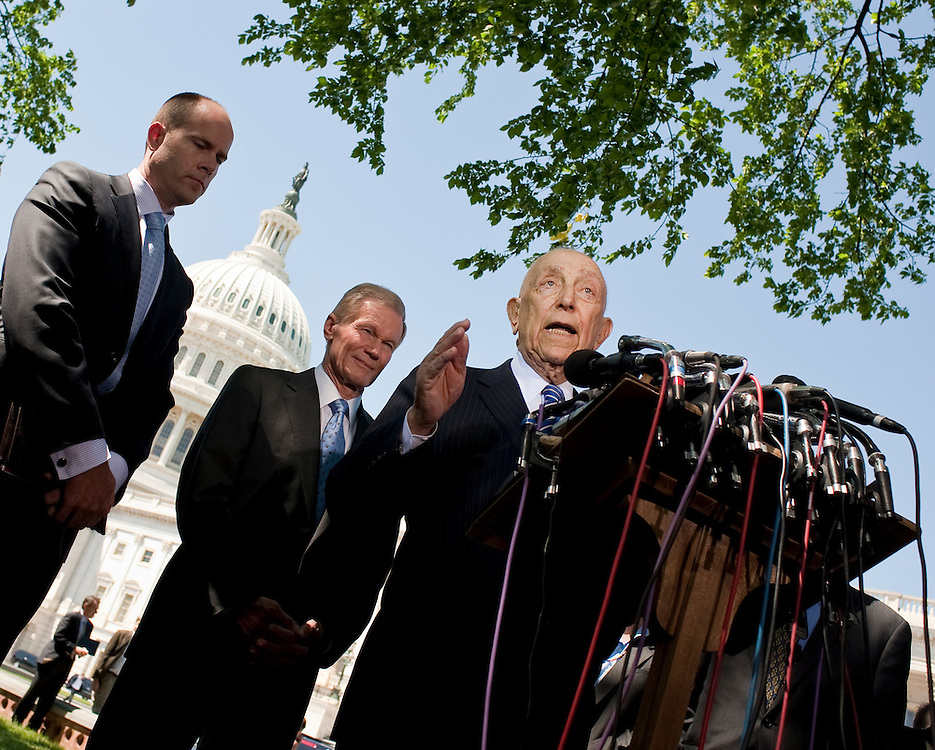 May 4,2010 - Washington, District of Columbia USA - Senators Robert Menendez,  Bill Nelson and Frank Lautenberg (SPEAKING)  call for the U.S. to abandon plans to expand offshore drilling for oil and natural gas at a press conference with environmental groups in Washington, D.C on Tuesday..(Credit Image: © Pete Marovich/ZUMA Press)
